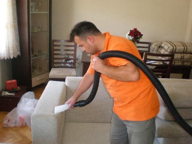 ارخص شركة تنظيف كنب بالبخار بعجمان